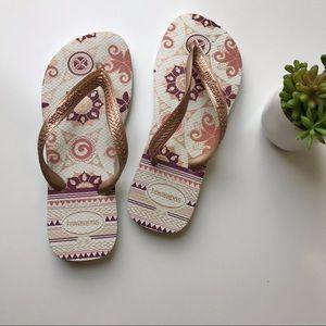 Havaiana's flip flops white Sz 7 8 EU 39 40